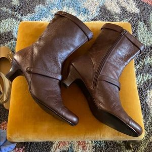 PAZZO Brown Leather Heel Booties Size 10